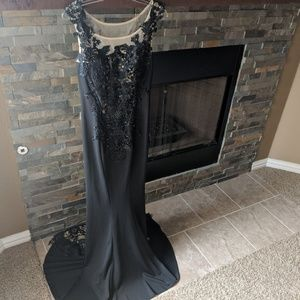 Forever Unique London Black Lace Gown